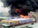 Cháy xưởng nhuộm - công nhân bỏ chạy