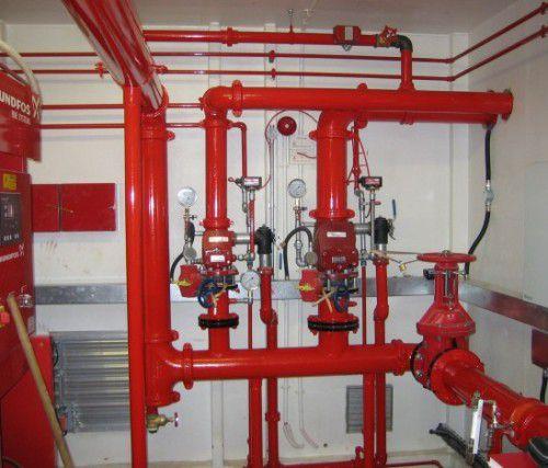 thi công hệ thống họng nước chữa cháy vách tường