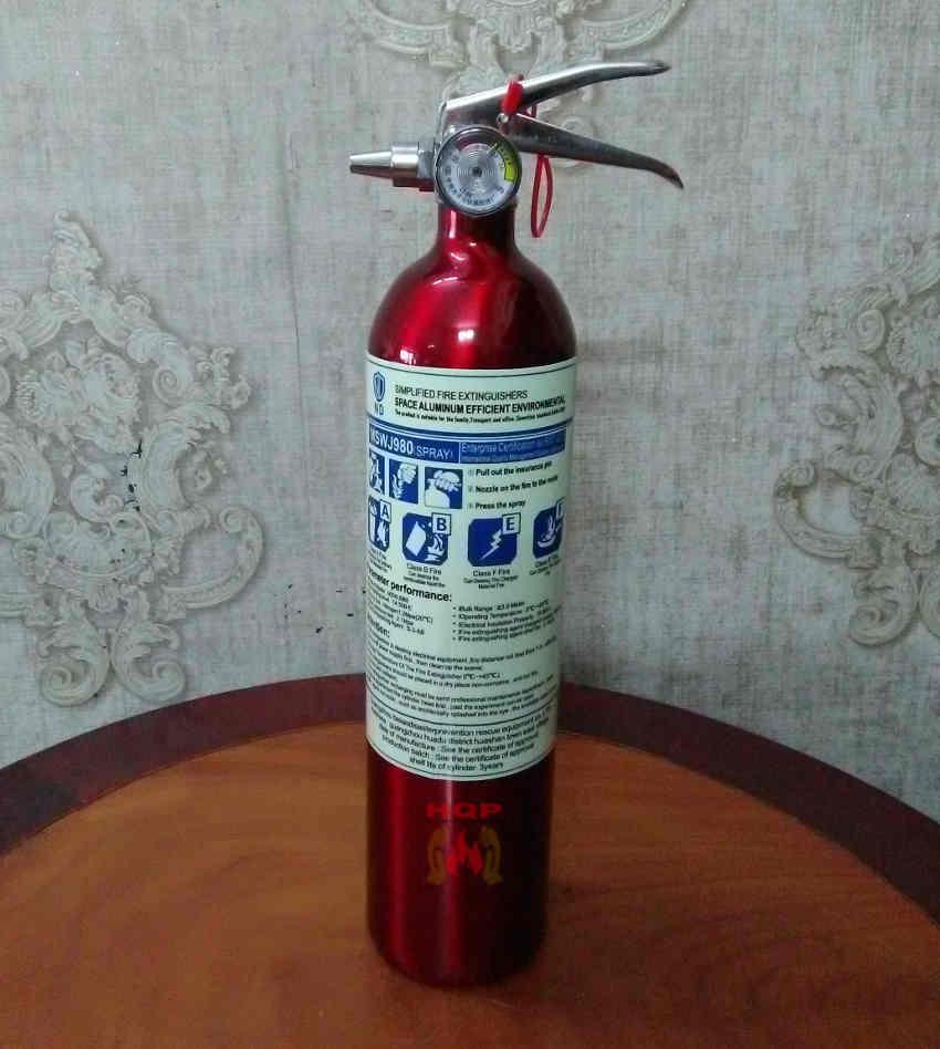 bình chữa cháy bọt tổng hợp cho ô tô